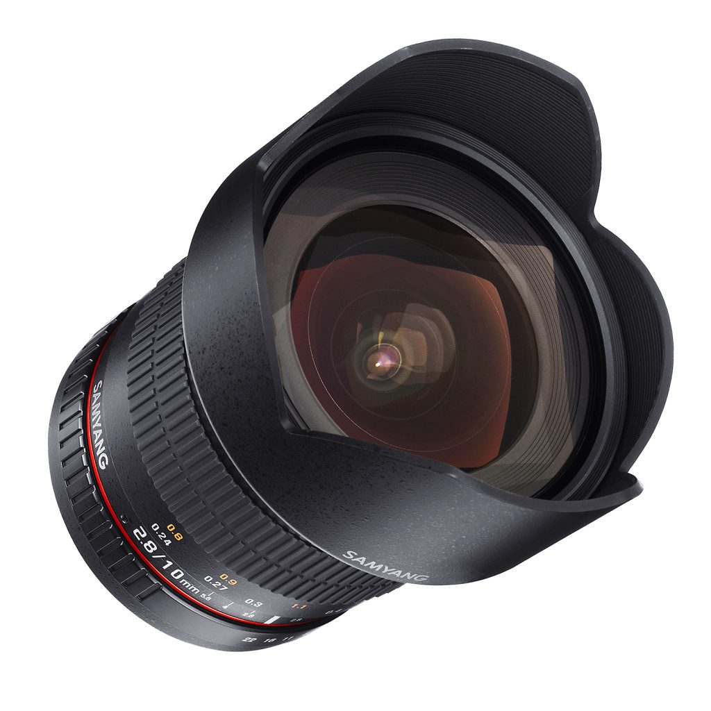 10mm F2.8